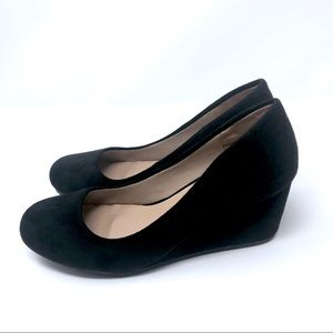Guitty Heart Wedge Sandal in Black Size 6.5 | New